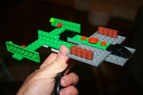 20080905-lego-spaceship.jpg