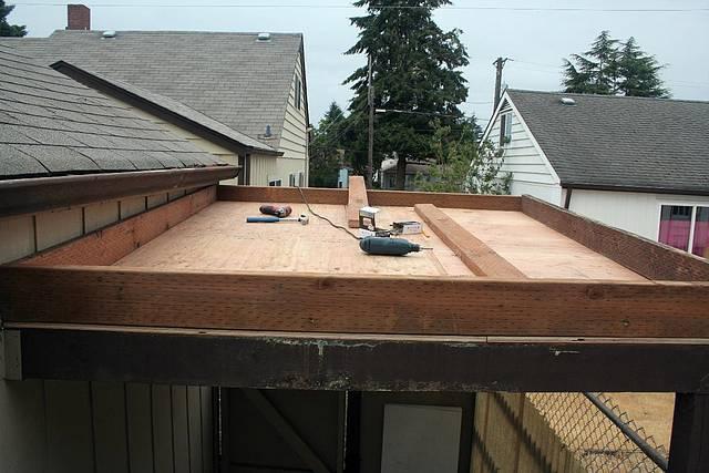 Sat night - Green roof box all framed up